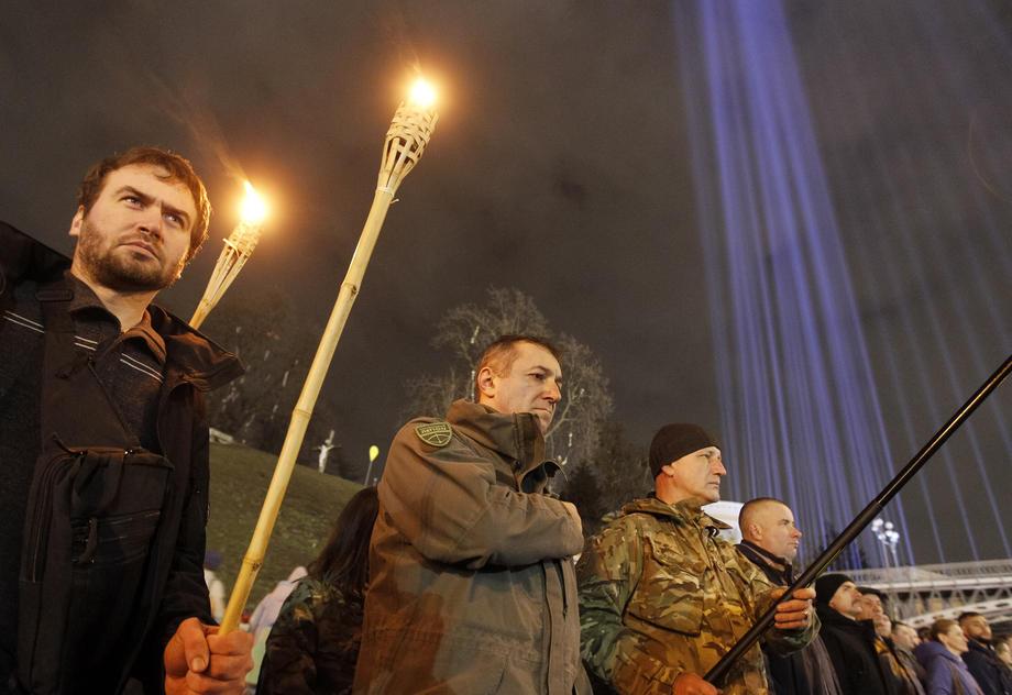 25% украинцев поддерживают народную расправу над политиками