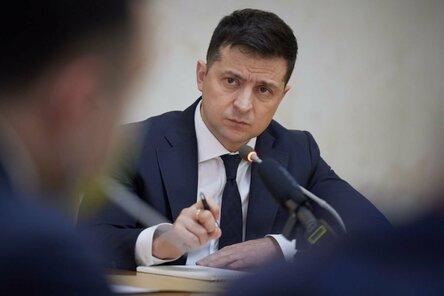 Зеленский рассказал, кто не сможет отказаться от вакцинации