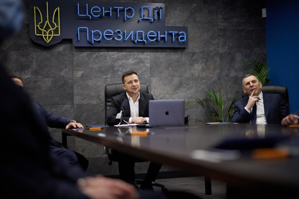 Ермак озвучил три причины падения рейтинга Зеленского