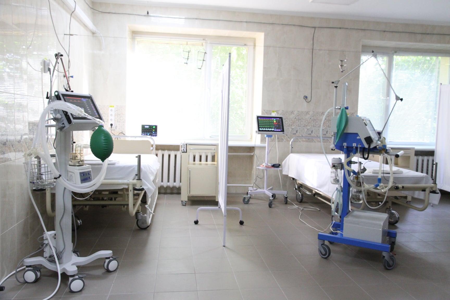 В Николаеве заверили, что больницы для больных COVID обеспечены кислородом, а вот медиков не хватает