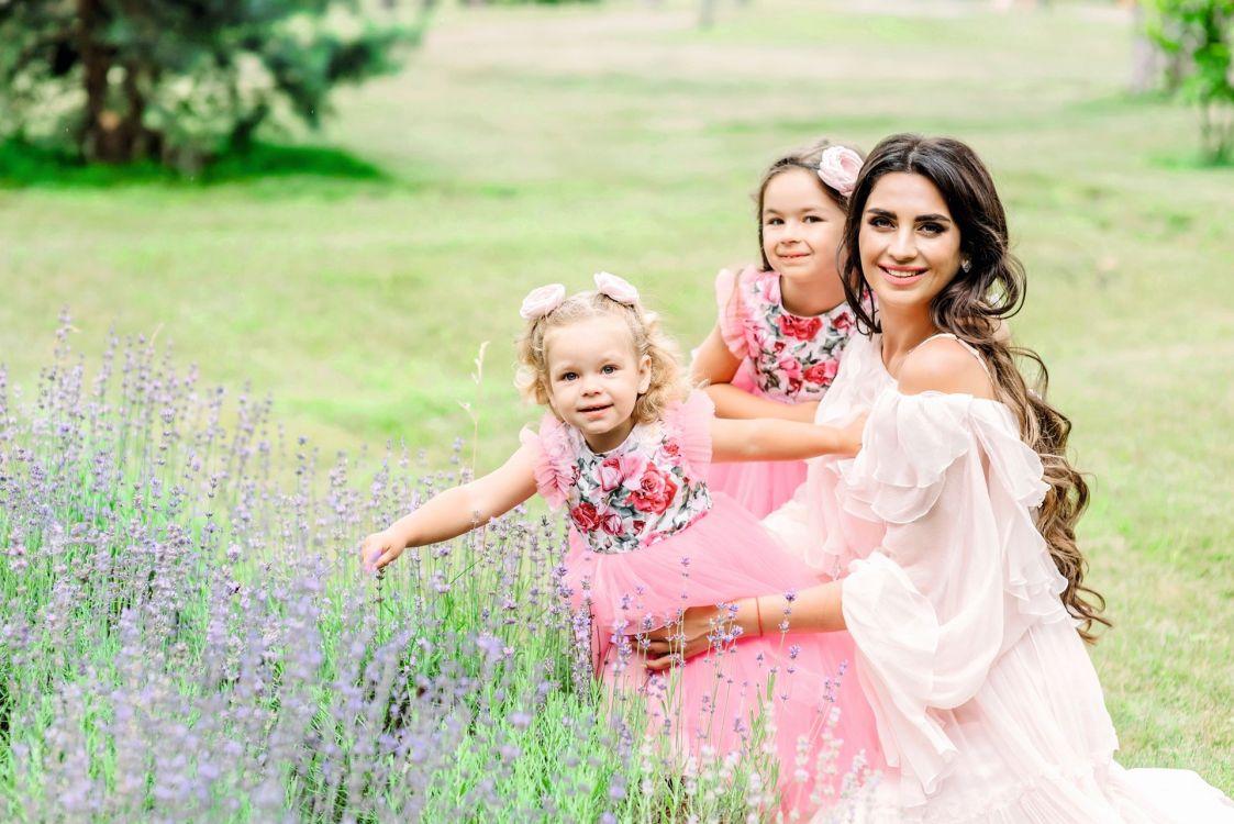 Элина Шаповалова, кандидат экономических наук, brand ambassador мотеля «Арника», мама двух дочерей