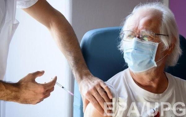 В Швейцарии назвали количество умерших после COVID-вакцинации