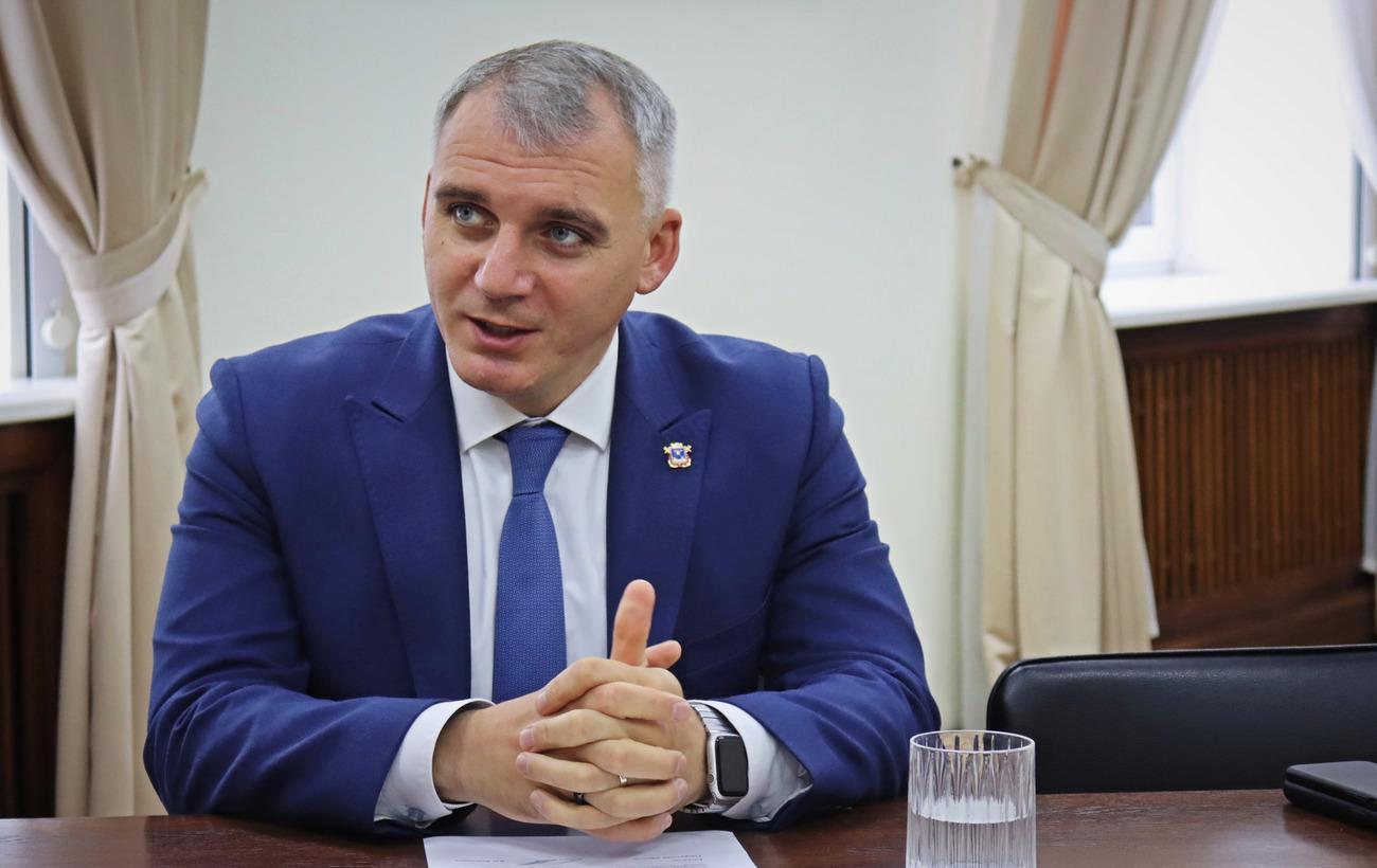 Сенкевич заговорил о закупке платной платформы для электронных дневников в николаевских школах