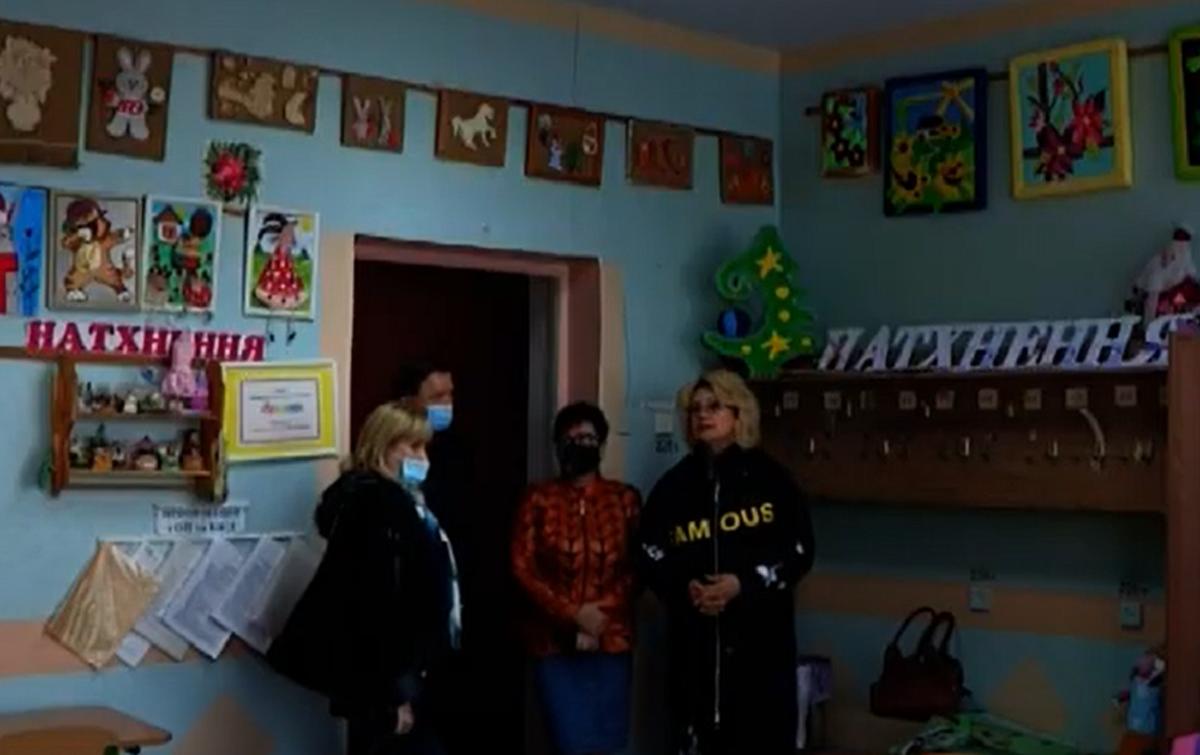 Пока власти бездействуют, НГЗ помог Детскому центру в Корабельном