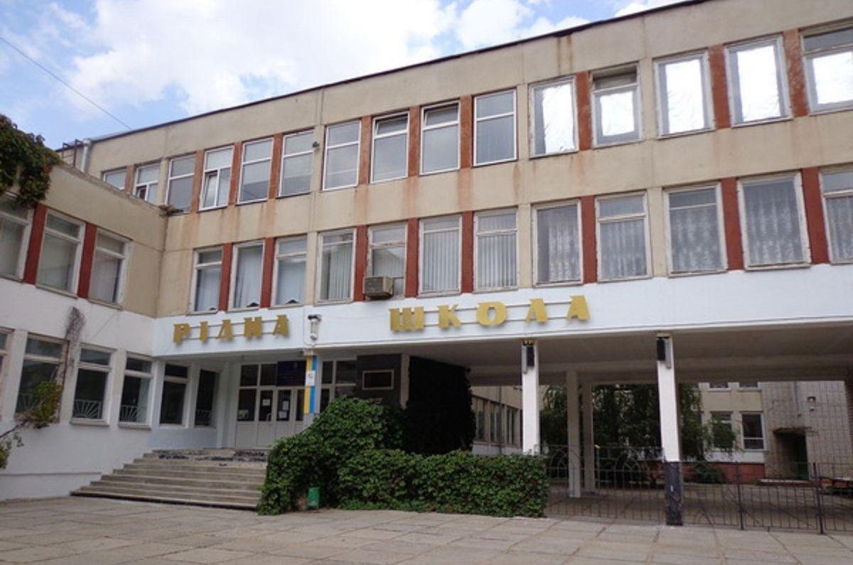 Вместо капремонта школы в Корабельном районе депутаты выделят деньги на текущий ремонт