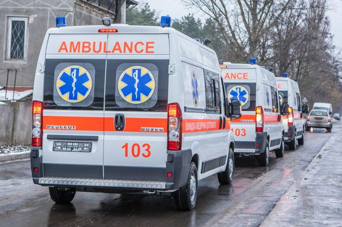 Николаевский центр экстренной медпомощи проводит набор работников