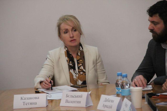 Казакова поблагодарила Василия Гошовского за работу