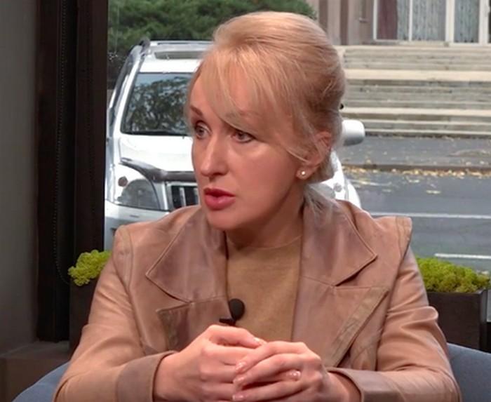 Казакова сказала, что последнее слово за ней