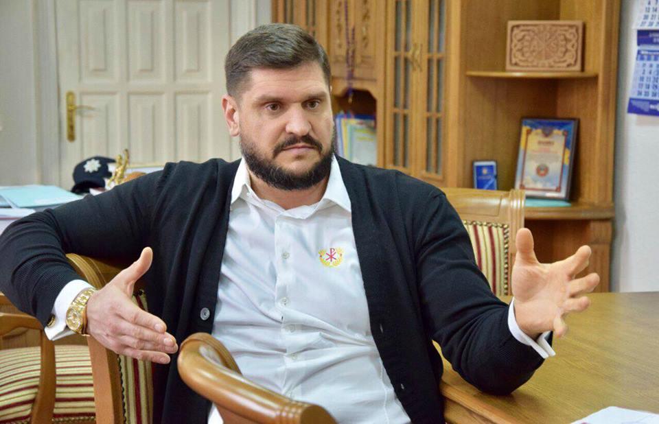 Губернатор Савченко надумал открыть «Школу депутатов всех уровней»