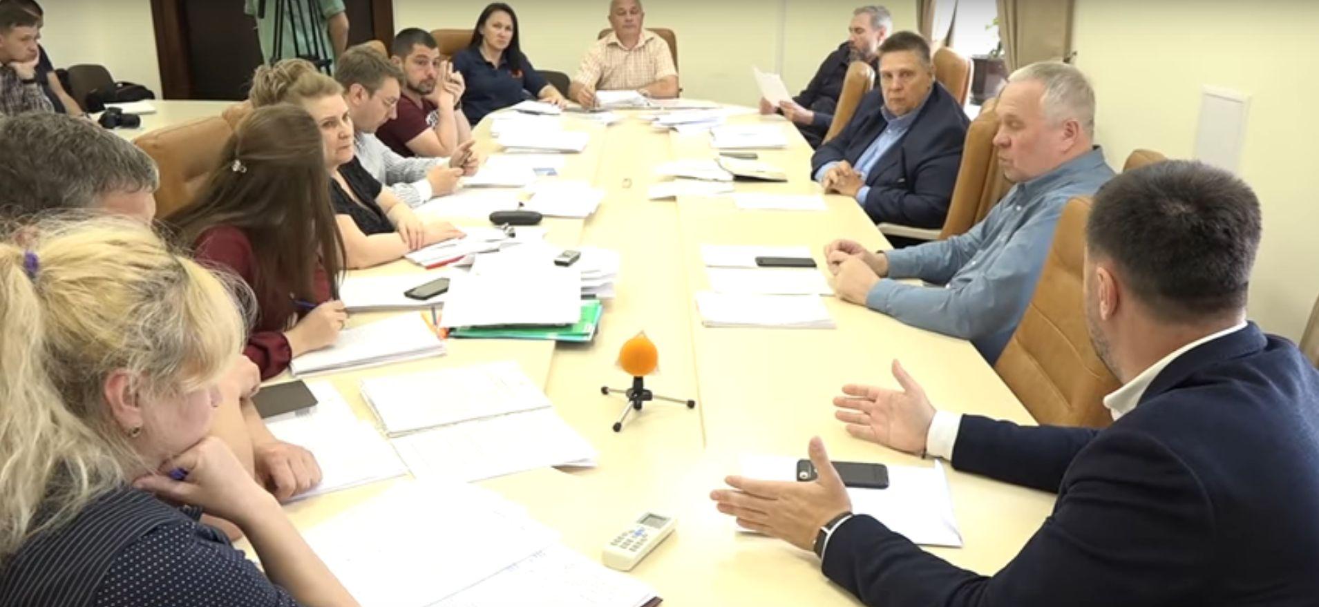 Депутатская комиссия потребовала Ермолаева отчитаться о результатах «антикоррупционного департамента» (ВИДЕО)