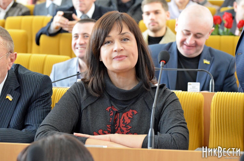 Глава Ингульского района Николаева получила в июне 65 тысяч зарплаты, надбавок и матпомощи