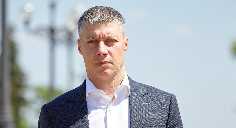 Нардеп Ильюк требует от прокуратуры разобраться с «коллекторами», а мэра Сенкевича — уволить руководство ЖКП «Південь»