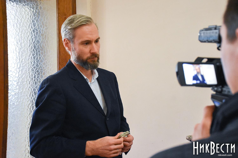 Депутат от «Самопомощи» упрекнул Сенкевича в еженедельных поездках к Порошенко, которые никак не помогают Николаеву