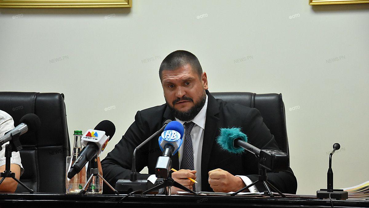 «Политики, которые загнали страну в долги, не имеют права на критику», – губернатор Николаевской области Савченко