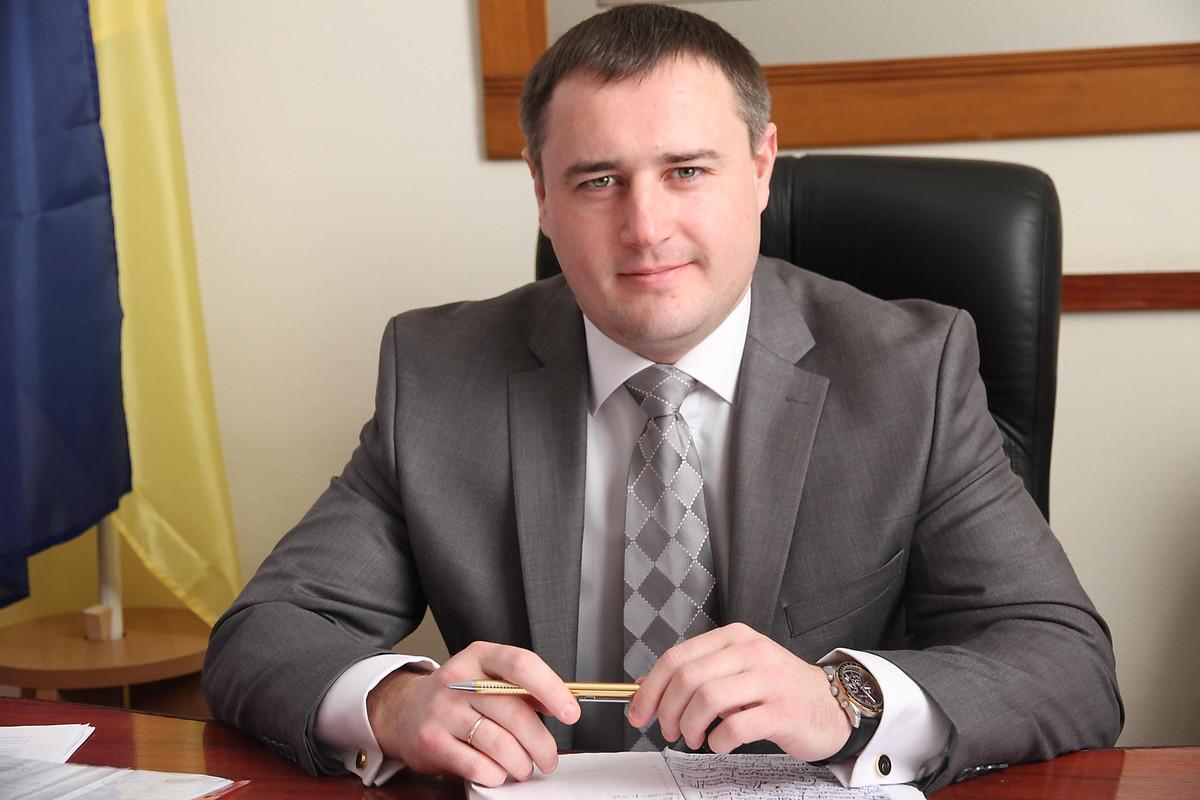 У вице-губернатора Шевченко забрали все полномочия в гуманитарной сфере и поручили курировать архив