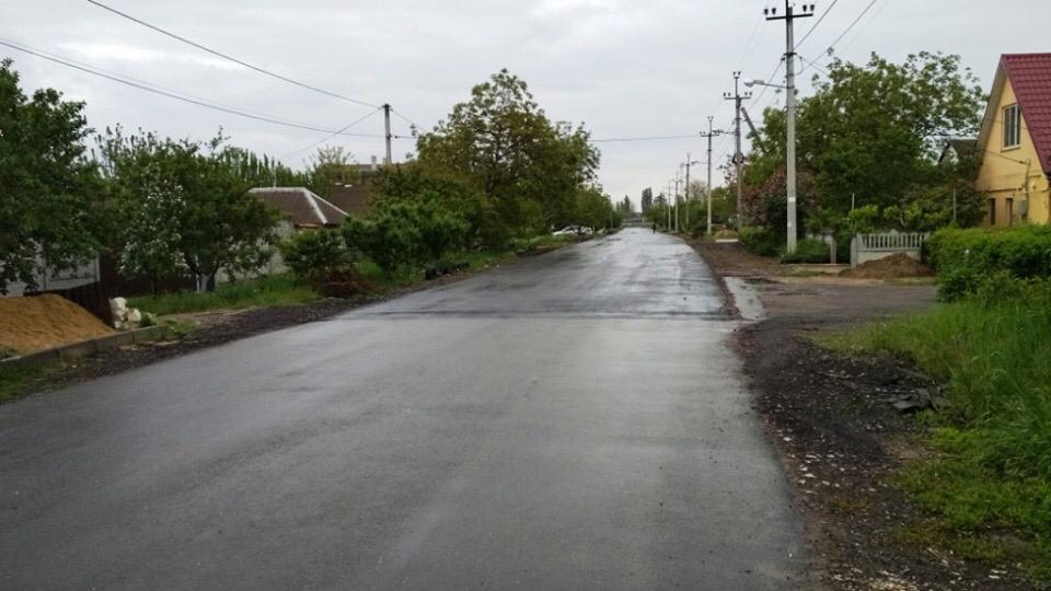 Депутат Ентин утверждает, что в Корабельном районе будут  хорошие дороги: первые результаты уже есть
