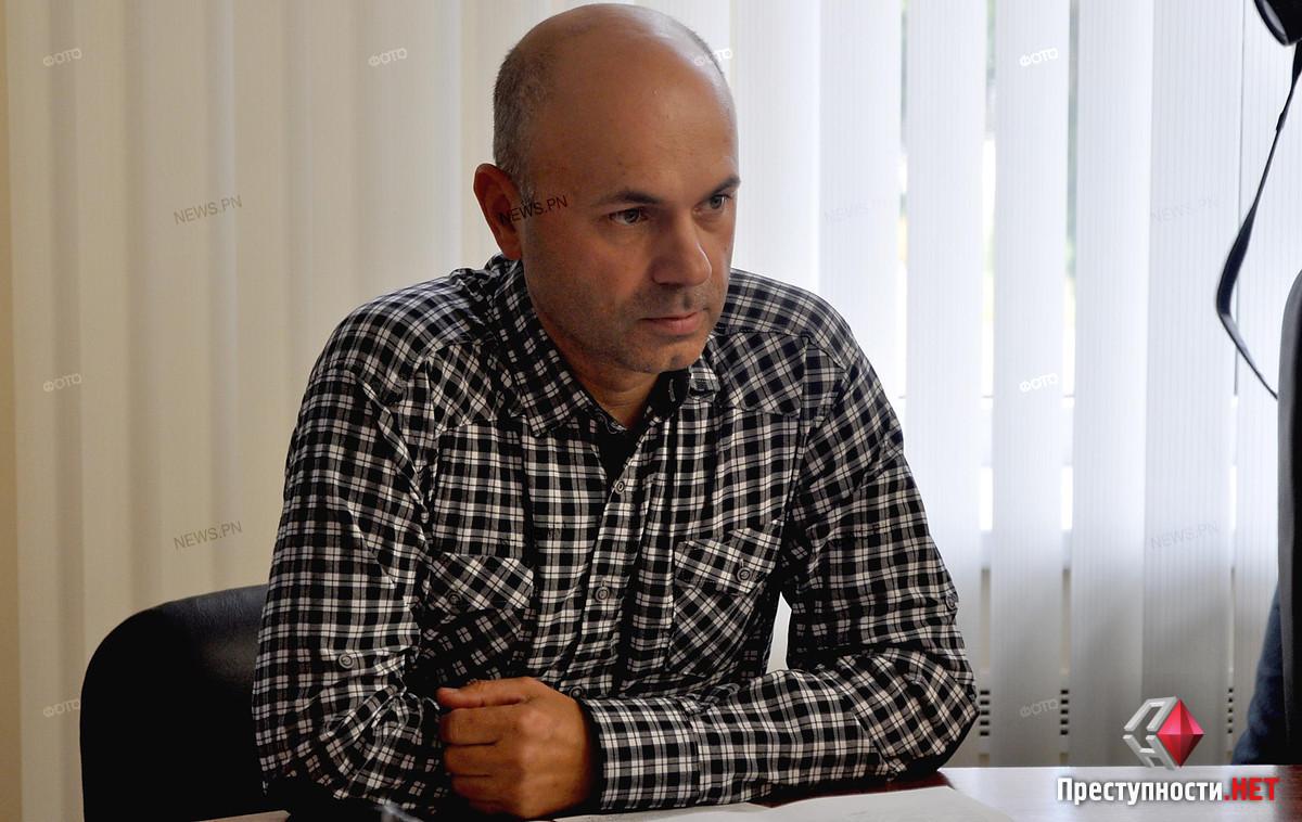 Депутат Бондарь раскритиковал подчиненных Савченко за перераспределение денег из дорожного проекта аэропорту