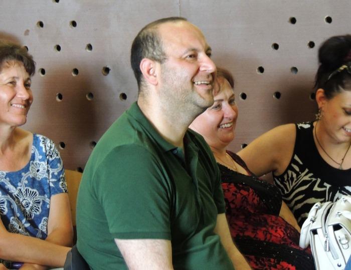 «Слуга народа» отказался выйти к народу в Николаевской области