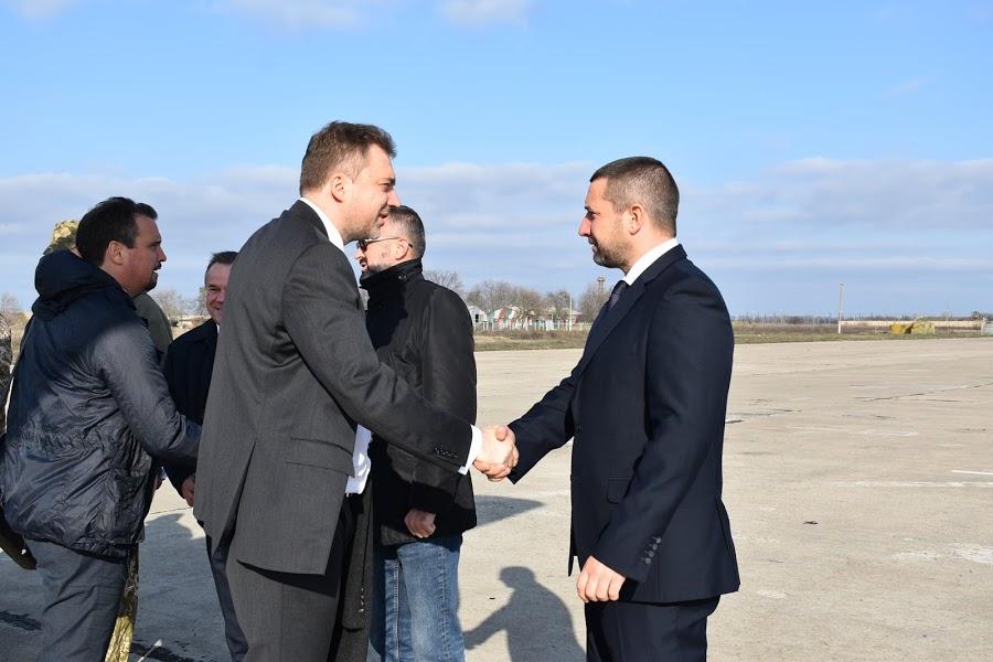 В Николаев по-тихому наведались министр обороны и директор «Укроборонпрома»