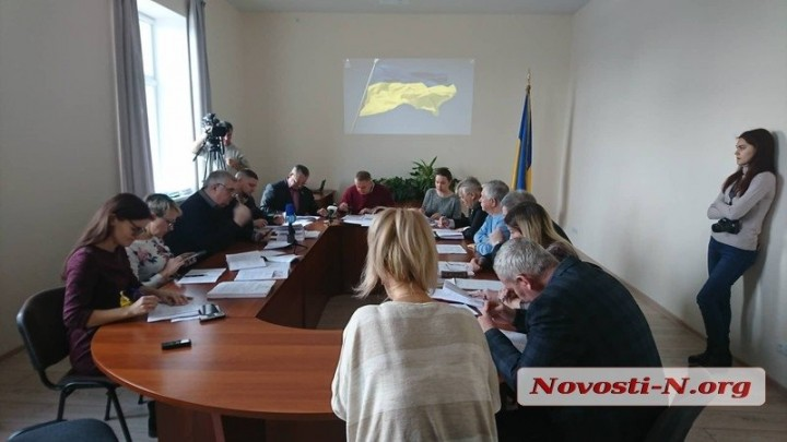 Депутаты поругались из-за отвода Евтушенко земли в сквере под застройку