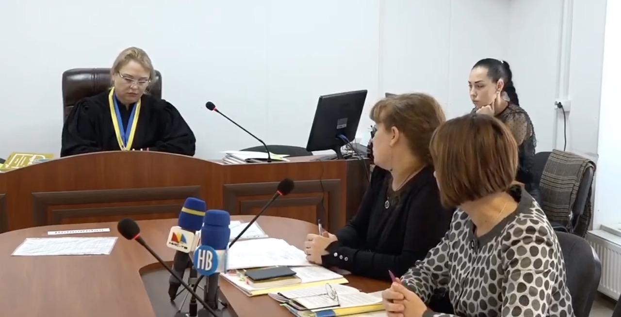 Суд отказал Стаднику в иске о бюджете, указав на подотчетность ОГА Николаевскому облсовету