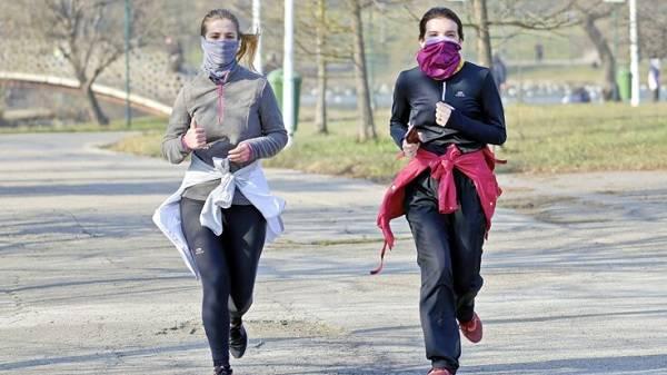 Кабмин установил штрафы за отсутствие масок в общественных местах