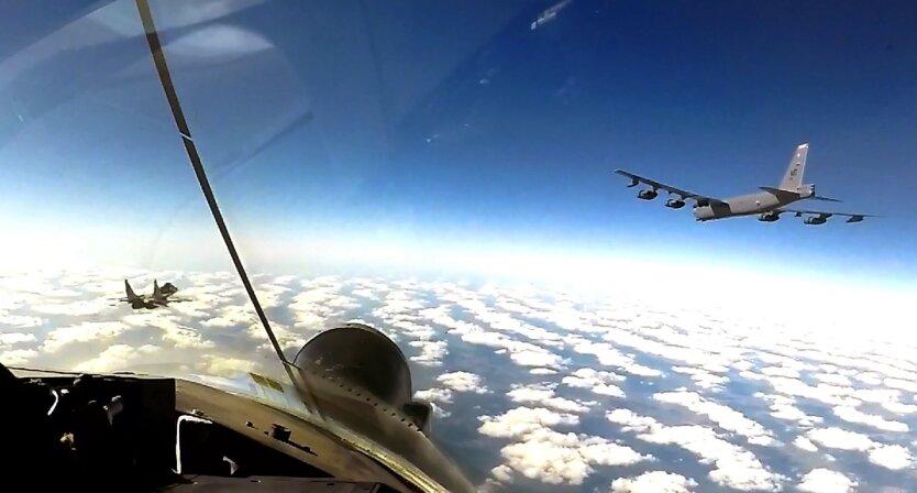 Бомбардировщики ВВС США начнут патрулировать небо над Украиной