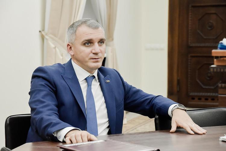 «Далі буде більше»: как при Сенкевиче «втемную» уходят миллионы из городского бюджета