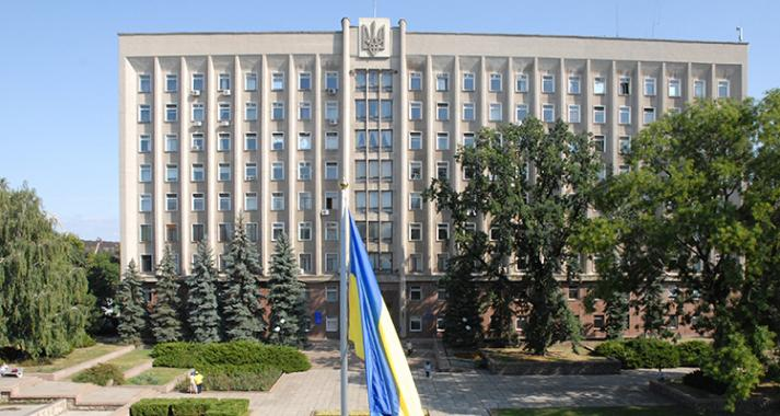 В Николаевский областной совет проходит 5 партий — параллельный подсчет