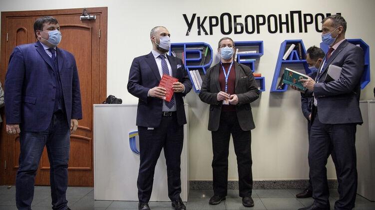 В «Укроборонпроме» собрались оценивать сотрудников по числу прочитанных книг