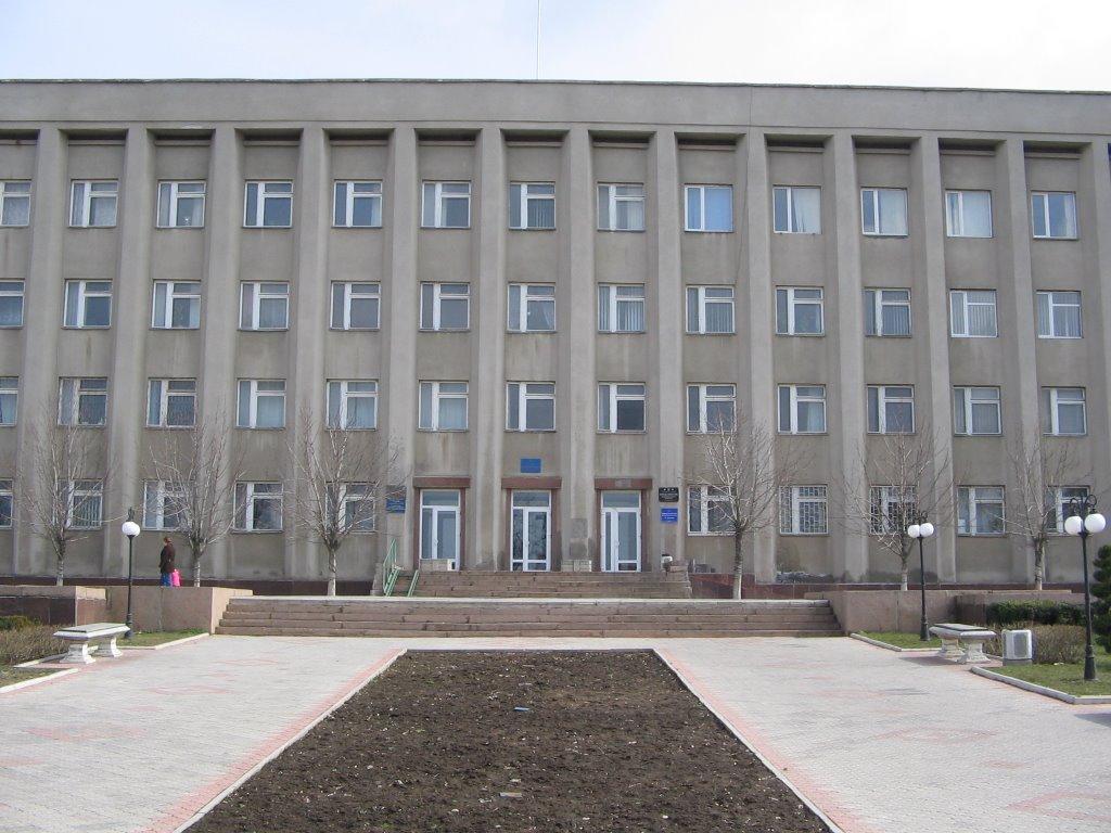 Администрацию Корабельного района ждет реформа. Сенкевич хочет «менять и рихтовать» структуру