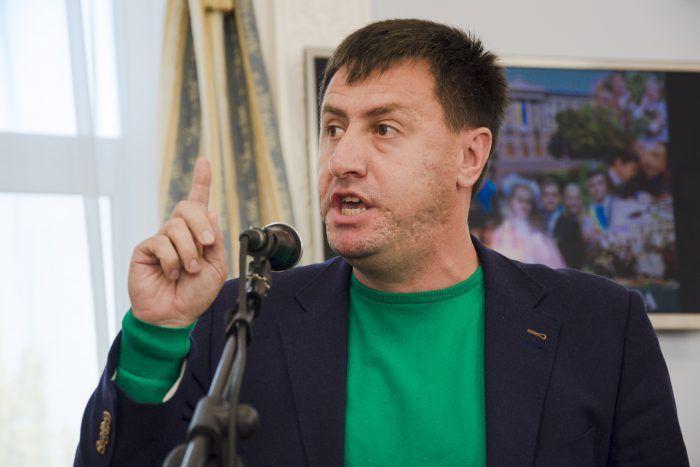 Депутат Ентин обвинил Деркач в принудительных митингах в ее поддержку