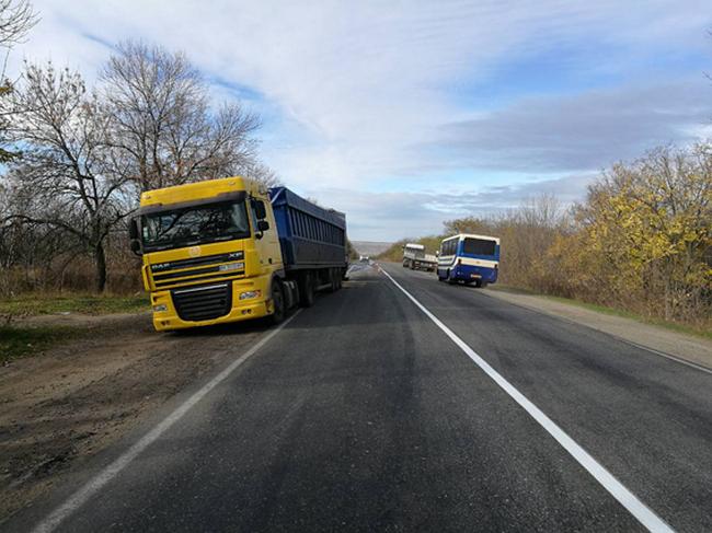 В Вознесенском районе столкнулись 2 фуры - погиб водитель