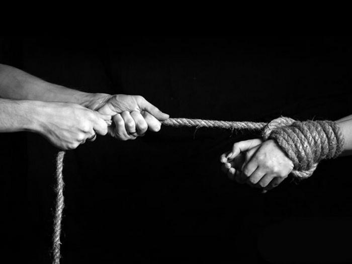 Николаевский учитель отправлял девушек в сексуальное рабство за границу