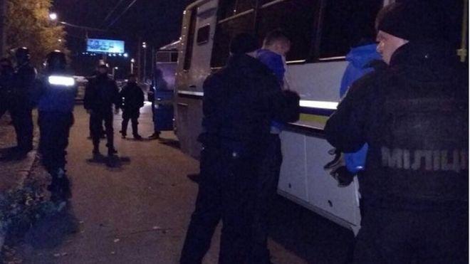Полиция задержала 79 футбольных фанатов из-за драки в Киеве