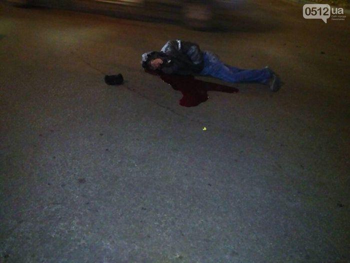 ДТП в Николаеве: маршрутка насмерть сбила пешехода (ФОТО)