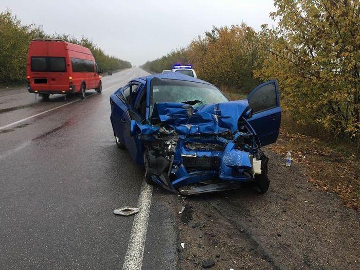 ДТП в Арбузинском районе: погиб водитель легковушки (ФОТО)