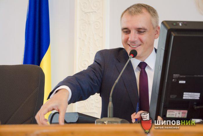 Суд вызвал на допрос депутатов Николаевского горсовета по делу импичмента Сенкевичу
