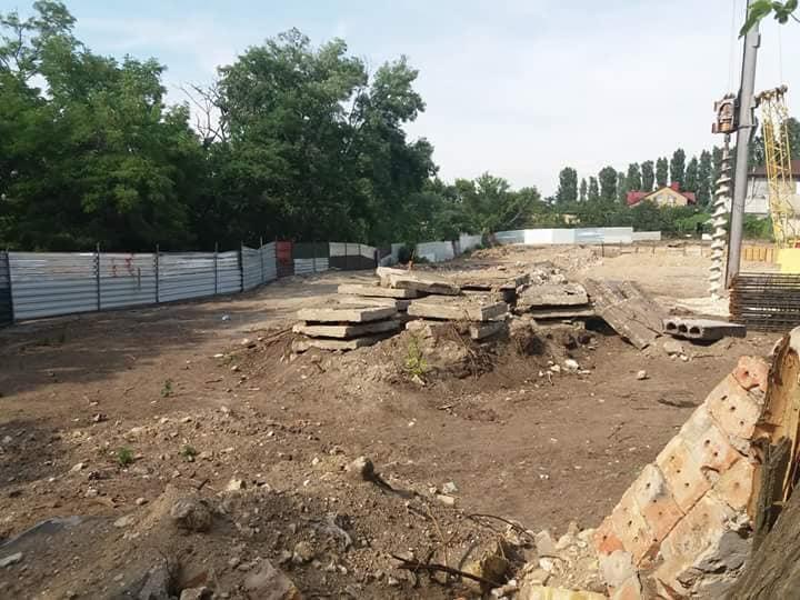 Фирма под руководством николаевской зоозащитницы застраивает выход к реке в Леваневцах
