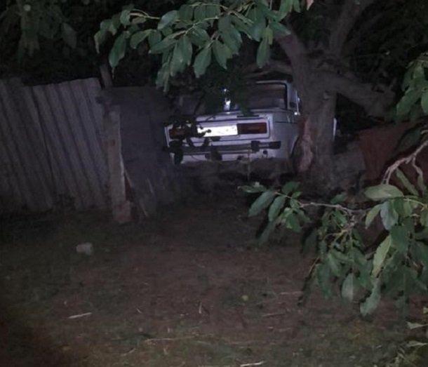 В Херсонской области пьяный военком за рулем насмерть сбил супружескую пару