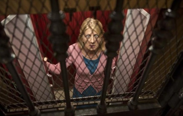 Итальянка просидела в застрявшем лифте более суток, спасаясь вином