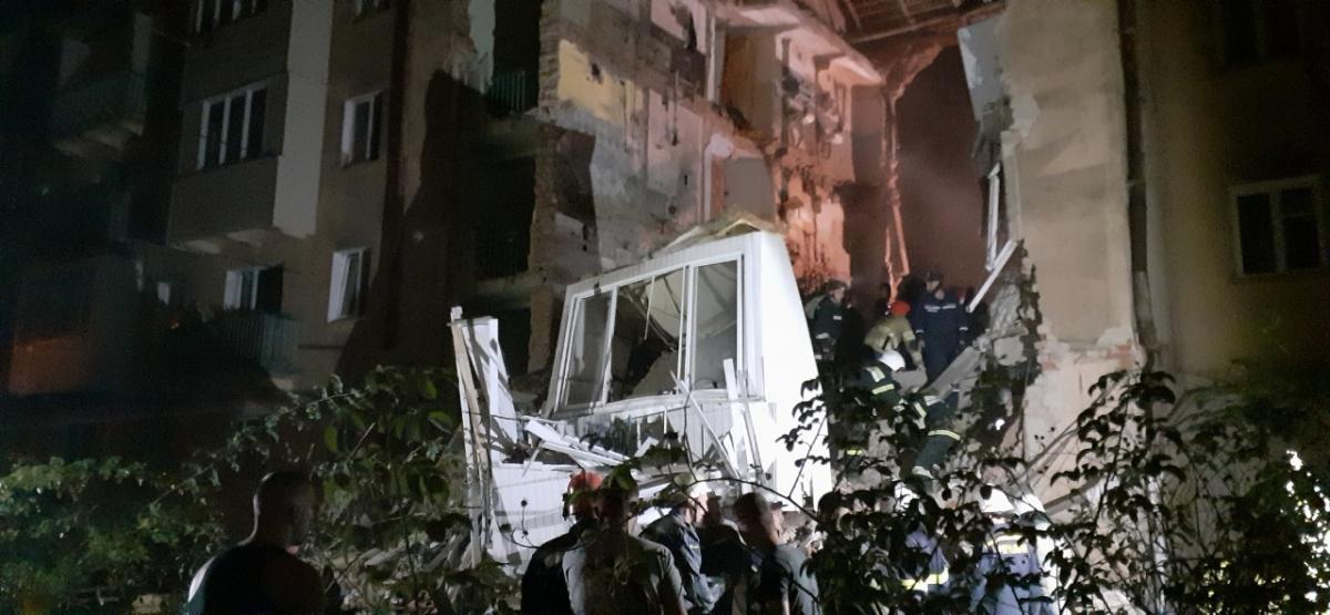 В Дрогобыче взрыв газа разрушил многоэтажку