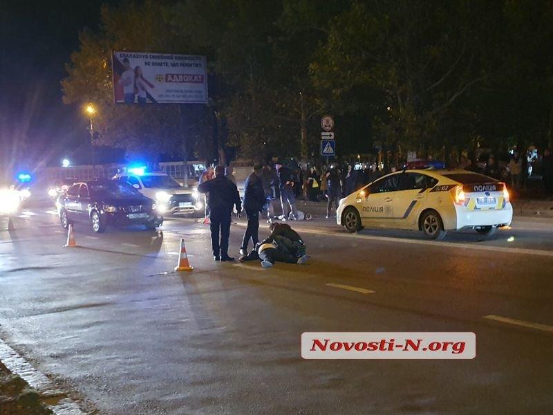 Kia на проспекте Богоявленском сбил двух пешеходов