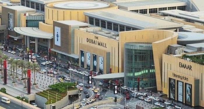 В Дубае затопило крупнейший ТРЦ в мире