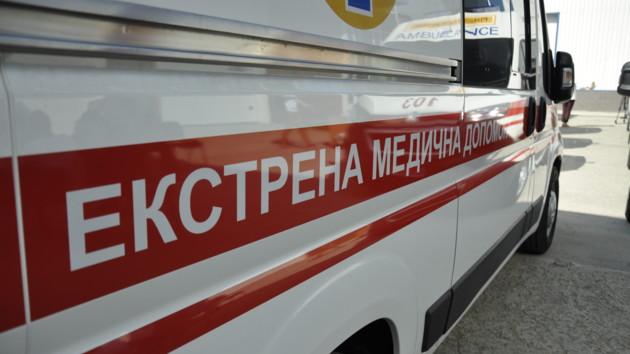 В Николаеве возле придорожного кафе умерли двое дальнобойщиков, еще трое госпитализированы