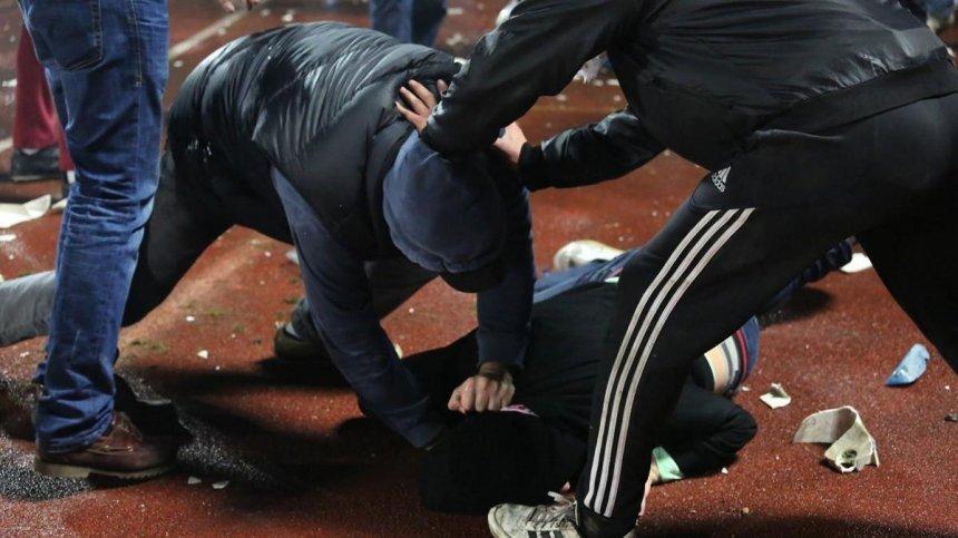 В соцсетях сообщают о массовой драке возле «МакДональдса» в Николаеве