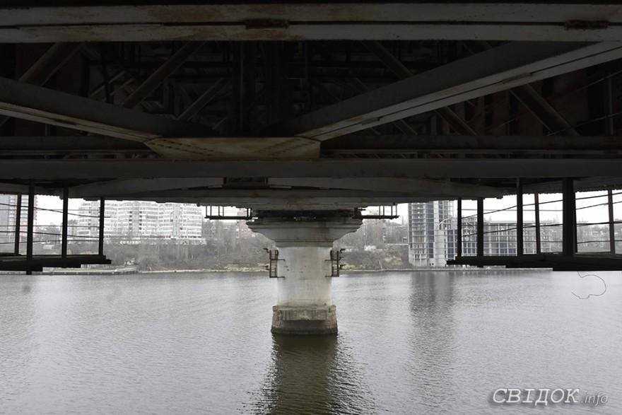 Варваровский мост уже более двух лет официально признан аварийным