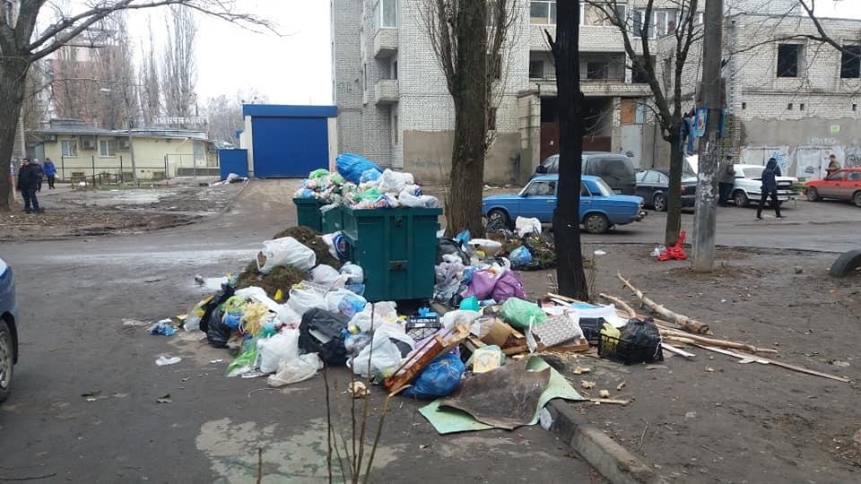 В Николаеве продолжается «мусорный беспредел»