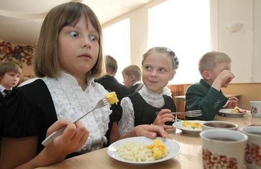 """""""Черти-чем"""" кормят в детсадах и школах Николаева: выявлено 181 нарушение"""
