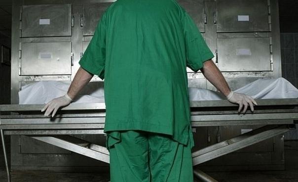 Из Каховской райбольницы уволились все патологоанатомы